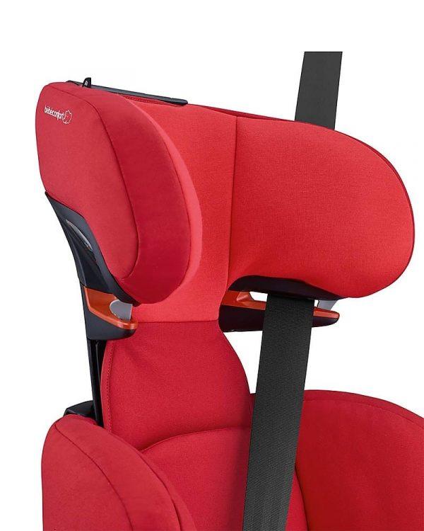 Il passaggio Easy Glide per le cinture dell'auto nel seggiolino Bébé Confort RodiFix AirProtect