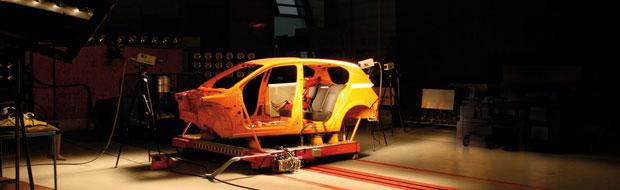 Crash test per seggiolini auto